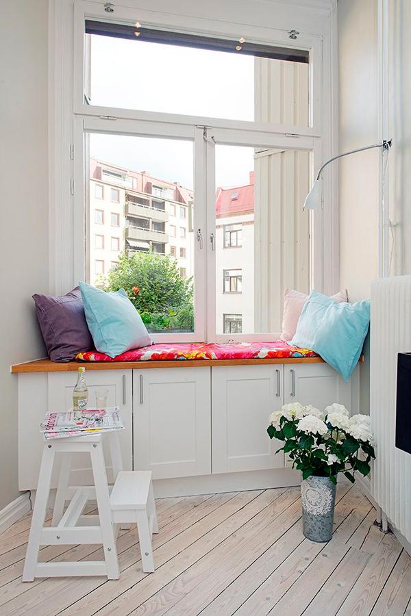 Leer al lado de la ventana ana pla interiorismo y - Sillon para leer ...