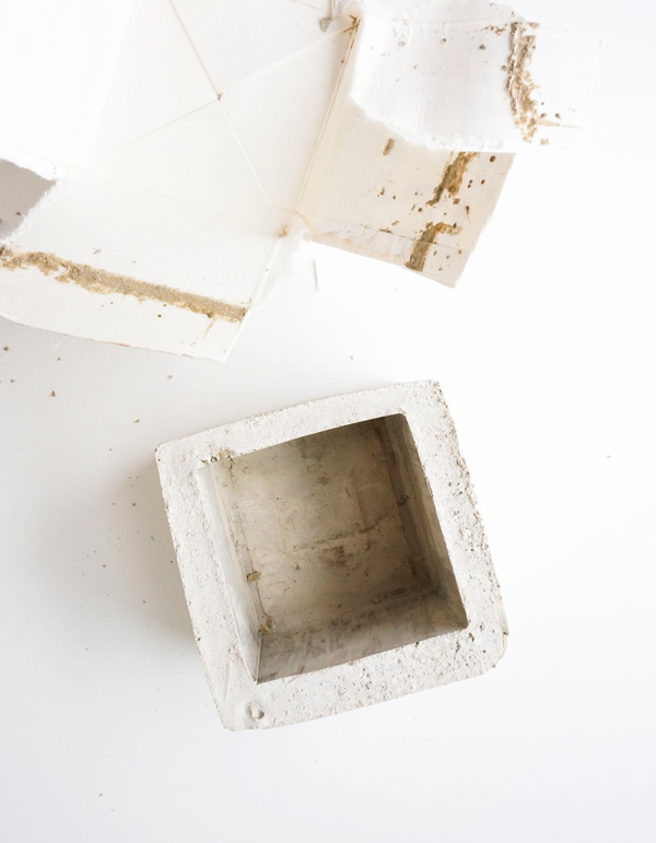 diy_macetero_cemento_madera_estilo_nordico_blog_ana_pla_interiorismo_decoracion_6