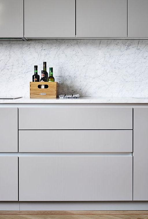Muebles de cocina en gris  Ana Pla  interiorismo y decoración